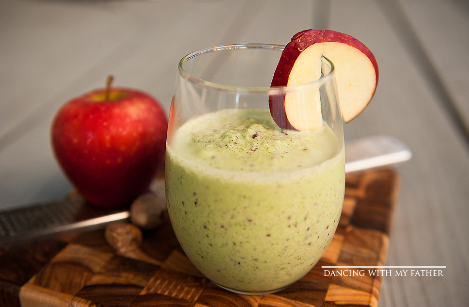 APPLE PIE GREEN SMOOTHIE dancing with my father d