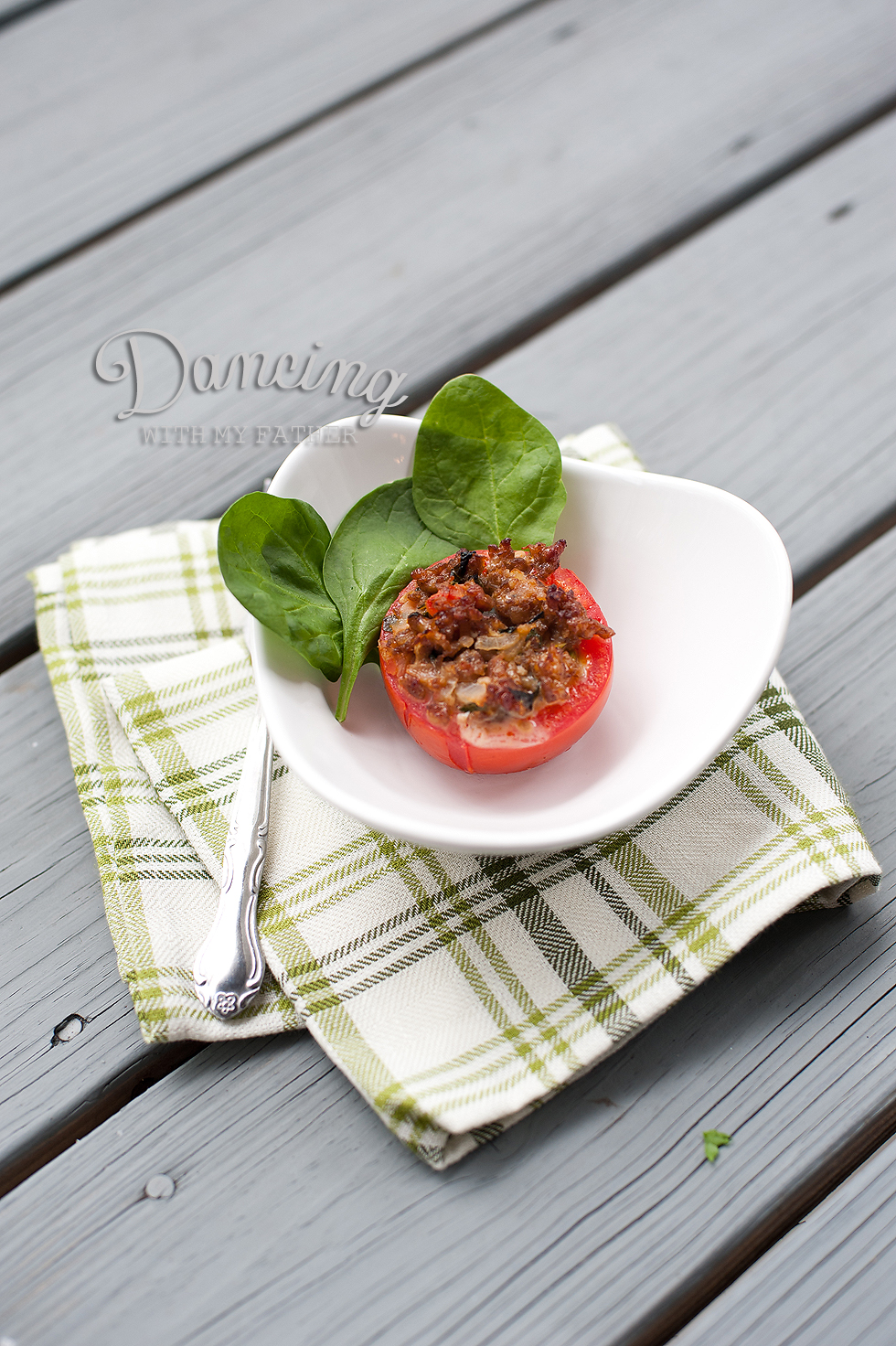 sausage stuffed tomatoes_4