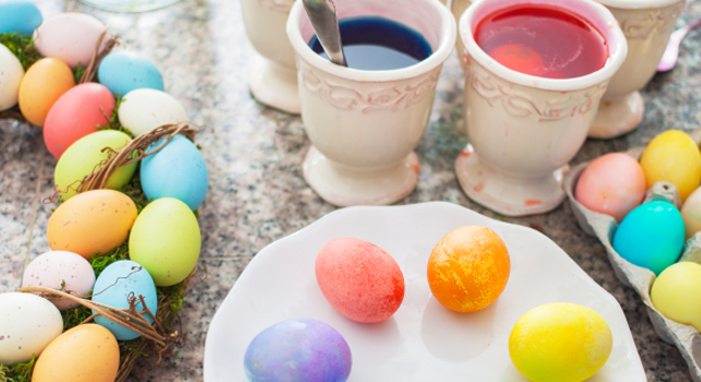 DIY-dyed-easter-eggs