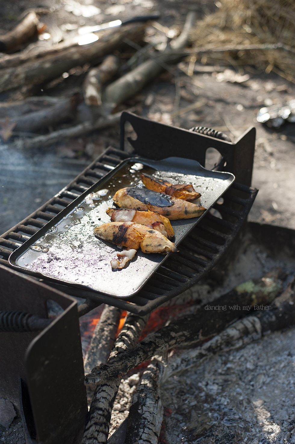 roasted_sweet_potatoes_camping